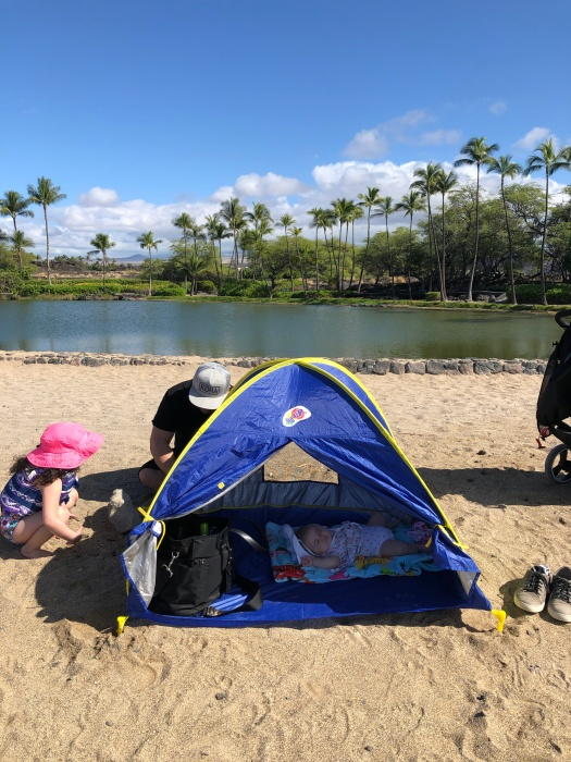Everything you Need to Know About Traveling to Hawaii Big Island with Kids featured by top Hawaii travel blog, Hawaii Travel with Kids | Anaehoomalu Bay Kids 4